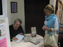 Sept_2007_toba_signing_book_at_muri
